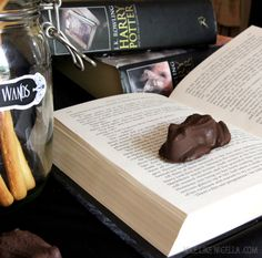 Harry Potter Exploding Chocolate Frogs #halloween #recipe...I wonder if they actually esplode?!  that would be awesome