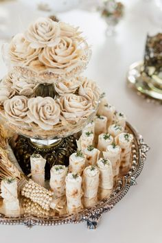 Diy Wedding Ring, Wedding Henna, Wedding Favors, Wedding Gifts, Wedding Album Books, Polaroid Wedding, Iranian Wedding, Persian Wedding, Wedding Gift Baskets