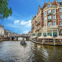 Amsterdam comme tu es belle!  #voyagevoyage #destination #paysbas #amsterdam #voyage #aventure #canaux #blogvoyage #instatravel