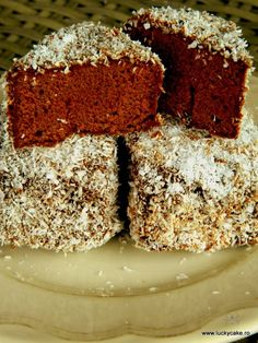 Napolitane cu nuci si cacao - Lucky Cake Krispie Treats, Rice Krispies, Lucky Cake, Food Cakes, Cake Recipes, Keto, Mousse, Desserts, Sweet