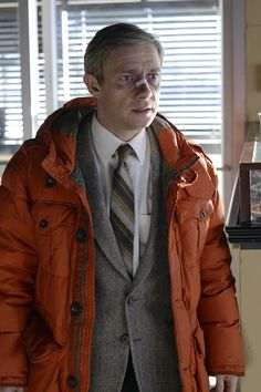 FX Fargo TV Series Photos Martin Freeman - He's so cute in his wee little orange coat.