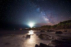 Illuminating Long Exposure Captures Of A Lighthouse - DesignTAXI.com
