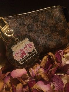 Mini pochette with bagcharm