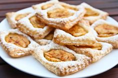 French cookies with apple French Cookies, Apple Pie, French Toast, Breakfast, Food, Morning Coffee, Essen, Meals, Yemek