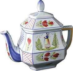 Quimper teapot. I have one just like this (present from my grandmother).