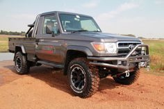 Toyota Land Cruiser J70 Cab pick-up - Buscar con Google