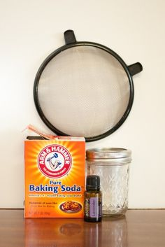 Clean your mattress with baking soda and lavender oil! No dust mites and sleep better, sign me up!