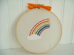 Hoop.t.do Rainbow Stitch Sampler is perfect for learning 7 embroidery stitches.