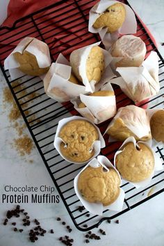 high protein foods, the realities about high protein food and what you should understand for healthy living Best Protein, High Protein Recipes, Protein Foods, Protein Cake, Protein Cookies, Low Fat Protein, Healthy Protein, Protein Muffins, Breakfast On The Go