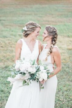 Having your girl by your side is the best thing anyone could ever ask for: http://www.stylemepretty.com/little-black-book-blog/2017/02/21/rustic-romantic-tennessee-fall-wedding/ Photography: Julie Paisley - http://juliepaisley.com/