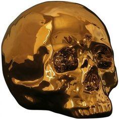 """Seletti LIMITED GOLD EDITION   My skull,  robot our raket.    Wat kan ik zeggen gewoon een prachtige geschenken van Seletti.  Populair cult icoonen opnieuw als decoratief ornament.   Het concept voor memorabilia is """"vissen in je herinneringen"""". Seletti maakt gebruik van """"jeugdherinneringen"""",   Nieuwe herinneringen als cult objecten in een mooi  en tijdloos materiaal. In een stylevolle verpakking."""