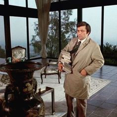 "Steven Spielberg directed the 1st episode of ""Columbo""'s 1st season - ""Murder By The Book"""