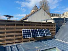 Pour sa maison située dans l'Eure-et-Loir, Geoffrey a installé un kit Beem pour produire sa propre énergie. Solar, Sign, Products, Home