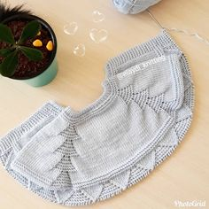 Diy Crafts - 404 Not Found - This page has been removed Easy Knitting Patterns, Knitting For Kids, Knitting Designs, Baby Patterns, Baby Knitting, Baby Boy Cardigan, Knit Baby Dress, Crochet Baby Booties, Diy Dress