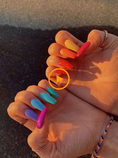 Best Nail Polish Colors of 2020 for a Trendy Manicure Summer Acrylic Nails, Best Acrylic Nails, Summer Nails, Kylie Jenner Nails, Acrylic Nails Coffin Kylie Jenner, Rainbow Nails, Gradient Nails, Matte Nails, 3d Nails