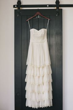 Boho dress: http://www.stylemepretty.com/2015/05/14/chic-fall-brooklyn-winery-wedding/ | Photography: Clean Plate Pictures - http://www.cleanplatepictures.com/