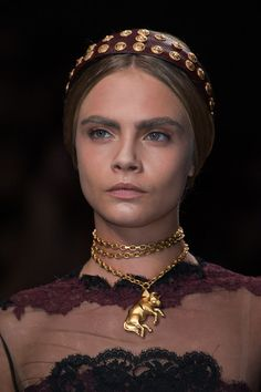 Valentino Spring 2014 RTW. Cara! Makeup and hair styling. The girls were au naturale with a nude makeup free look and lovely headbands matching the jewelry.