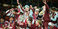 Villa players celebrate their victory over Manchester United in the 1994 Coca Cola Cup final Aston Villa Squad, Aston Villa Fc, Super Club, Classic Image, Fa Cup, Ufc, Manchester United