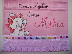Cores e Agulhas: Toalhinha Infantil Personalizada!
