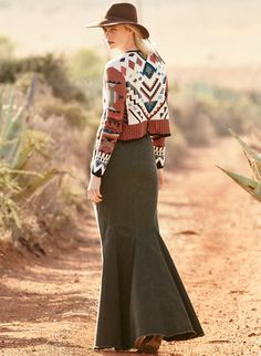 Made for us in New York's Garment District, the long train skirt is tailored from a washed Mocha cotton (97%) and elastane…