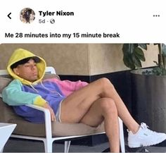 Twitter Quotes Funny, Funny Relatable Quotes, Funny Video Memes, Funny Tweets, Love Memes, Really Funny Memes, Stupid Funny Memes, Funny Facts, Funny Black Memes