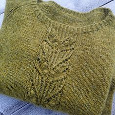 Ravelry: Project Gallery for Shimo Sweater pattern by Leeni Hoi Knitting Designs, Knitting Stitches, Knitting Yarn, Free Knitting, Knitting Projects, Knitting Tutorials, Knitting Machine, Knitting For Beginners, Ravelry