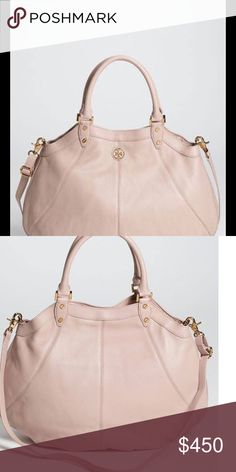 Tory Burch Robinson in new condition Used MAYBE twice! It's in like new condition!! The leather is soft and supple and it's the perfect size to hang on your arm!! Does not have longer strap as I've misplaced that comes with dust bag Tory Burch Bags Hobos