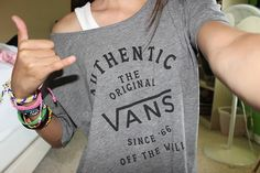 I just want a vans shirt. ♡
