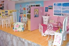 Great room  & wall decoration ideas for the box doll houses! (From the collection of Lisa B of Tiny Zippers)