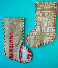 I have some pretty christmas paper that i not come up with a project for yet! here is it, Christmas favors for the kids friends at school! maybe ill had a little loop at the top so it could be hung on the kids trees at home! Christmas Party Favors, Christmas Bags, Christmas Paper, Christmas Projects, Holiday Crafts, Christmas Stockings, Christmas Ornaments, Christmas Ideas, Holiday Bags
