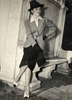 Joan Fontaine.