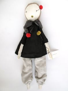 dark blonde jess brown doll w/black linen tunic and pants