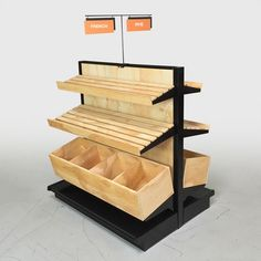 Fruteria y verduleria Bakery Bread Display Ideas : Natural wood retail shelving and wood gondola sys Bakery Display Case, Bread Display, Wood Display, Display Shelves, Display Ideas, Display Window, Routeur Cnc, Wood Bin, Store Plan
