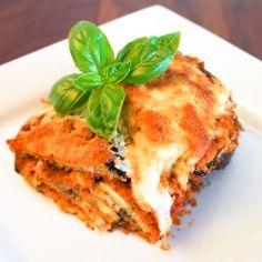 Eggplant Parmesan by centeredplate Eggplant Dishes, Eggplant Parmesan, Eggplant Lasagna, Vegan Vegetarian, Vegetarian Recipes, Cooking Recipes, Healthy Recipes, Vegan Options, Vegetable Sides