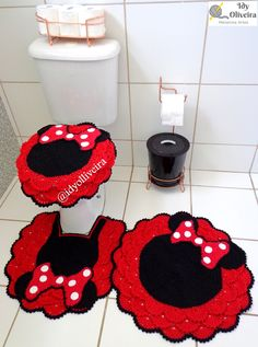 Baby Knitting Patterns, Crochet Patterns, Crochet Disney, Bathroom Rugs, Emoticon, Crochet Projects, Minnie Mouse, Kids Rugs, Mini