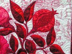 Pomegranate quilt PICT0020+(2).jpg