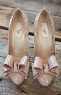 Pink wedding shoes by Valentino
