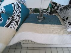 How-to Free Motion Quilt on a regular machine - great directions -- thorough..