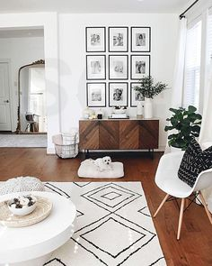 New Living Room Modern Neutral Rugs Ideas New Living Room, Home And Living, Living Room Decor, Living Room Gallery Wall, Living Room Wall Ideas, Living Room Walls, Dinning Room Ideas, Target Living Room, Living Room Photos