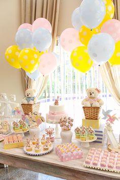 Aniversário de criança com tema Parque das Ursinhas Deco Baby Shower, Baby Shower Balloons, Baby Shower Themes, Baby Boy Shower, Baby Shower Decorations, Happy Birthday Girls, Baby Birthday, Decoracion Baby Shower Niña, Teddy Bear Birthday