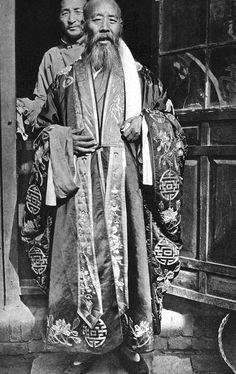 Daoist abbott, 1930. #Taoism #Mysticism #Spirituality #Daoism #Mysticism #Esoterism #Religion #God