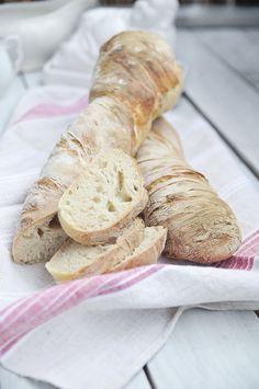 Gyökérkenyér - Moha és Sáfrány Burgers, Sandwiches, Bakery, Bread, Blog, Hamburgers, Brot, Blogging, Baking