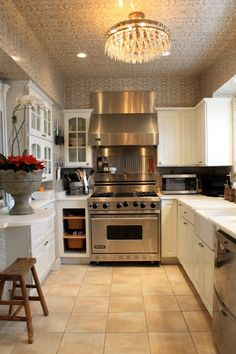 stove, extended range, use of wallcovering