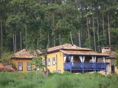 "Fazenda Santa Marina, Santana dos Montes, Minas Gerais, Brazil - beautifully refurbished century fazenda with fabulous spa"" Santa Marina, Plantation Homes, Small Farm, Hostel, Country Life, Home Interior Design, Brazil, Building A House, Farmhouse"