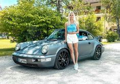 1990 Model 964 Carrera 2 via Porsche Sports Car, Porsche Models, Porsche Club, Porsche 911 Turbo, Porsche Panamera, Ferdinand Porsche, Bus Girl, Volkswagen Group, Vintage Porsche
