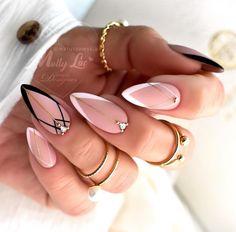 Manicure Nail Designs, Gel Nail Art Designs, Almond Nails Designs, Manicure Ideas, Latest Nail Designs, Baby Nails, Gold Glitter Nails, Geometric Nail, Best Acrylic Nails