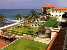 An amazing #MotivationMonday! Thank you Jincy Vijin Kuriakose for the lovely capture.   #srilanka #Colombo #Gallefacehotel #view #beach #Amazing #sunnyday