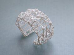 Bracciale geometrico bianco - Bracciale Bracciale sfaccettato in bianco. 3D gioielli dichiarazione stampata. moda primavera, moderno
