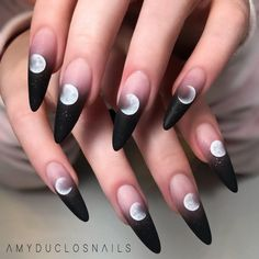 Really searching for latest nail art designs to show off in this year? If yes then we've posted here amazing colorful black and pink long nails designs for more cute nails look in year Ongles Gel Halloween, Halloween Acrylic Nails, Best Acrylic Nails, Acrylic Nail Designs, Nail Art Designs, Design Art, Painted Acrylic Nails, Halloween Coffin, Halloween Nail Designs