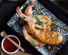 Γαρίδες τηγανιτές σε κουρκούτι τεμπουρα με σάλτσα sweet chilli Turkey, Asian, Meat, Recipes, Food, Turkey Country, Asian Cat, Eten, Recipies